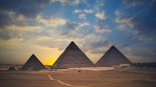 Top 10 facts about the Pyramids of Giza