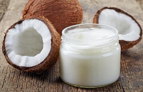 चेहरे के लिए कमाल का है बेकिंग सोडा और नारियल के तेल का मिश्रण, ऐसे करें Use