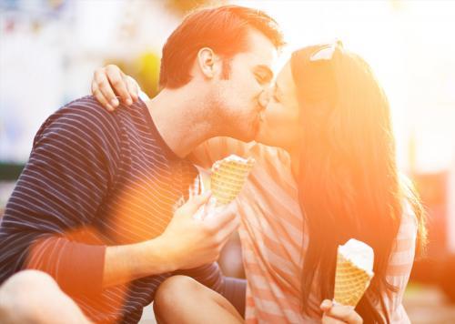 गर्लफ्रेंड से शादी करने की सोच रहे हैं तो जरूर कर लें ये काम - If you are thinking of marrying girlfriends then definitely do this work