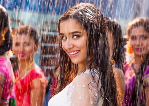बारिश और बाल झड़ने की समस्या  - जानिये कुछ घरेलू नुस्खे | Rain and Hair Fall Problem