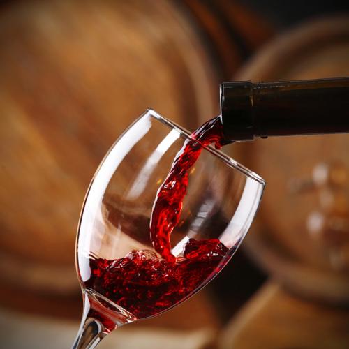 रेड वाइन - एक ग्लास से मिल सकती है कैंसर और डायबिटीज़ से मुक्ति