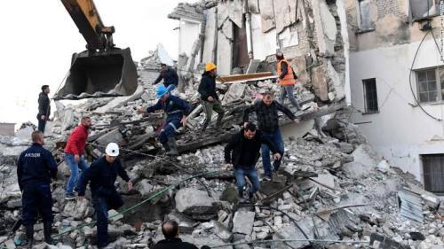 अल्बानिया में भूकंप, 14 मरे 600 से अधिक घायल, बचाव दल कर रहा है लोगों की तलाश