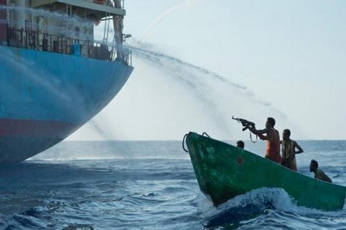अफ्रीका के पश्चिमी तट पर समुद्री लुटेरों ने 20 भारतीयों को अगवा किया