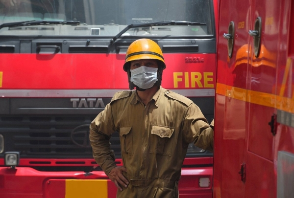a gas spill in a substance manufacturing plant in maharashtra's badlapur